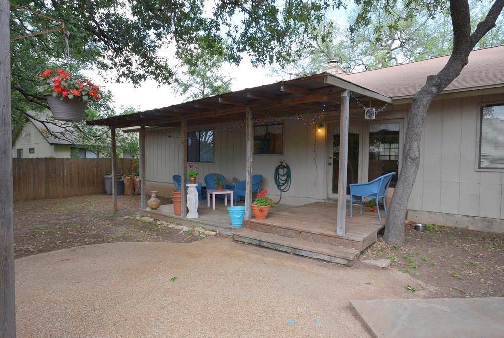 Closed | 3601 Lovage Drive Austin, TX 78727 18