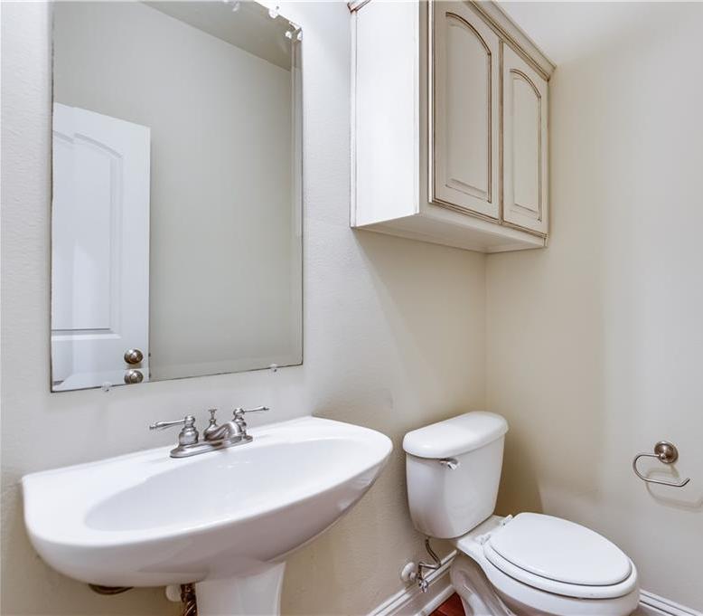 Sold Property   8823 Tudor Place Dallas, TX 75228 17