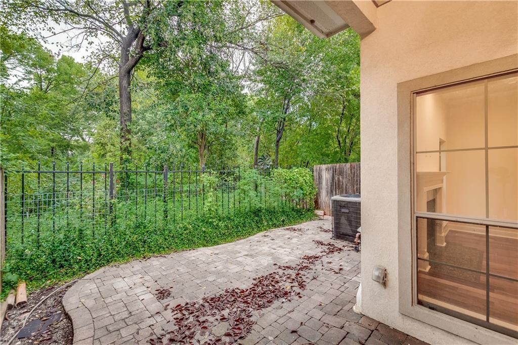 Sold Property   8823 Tudor Place Dallas, TX 75228 21