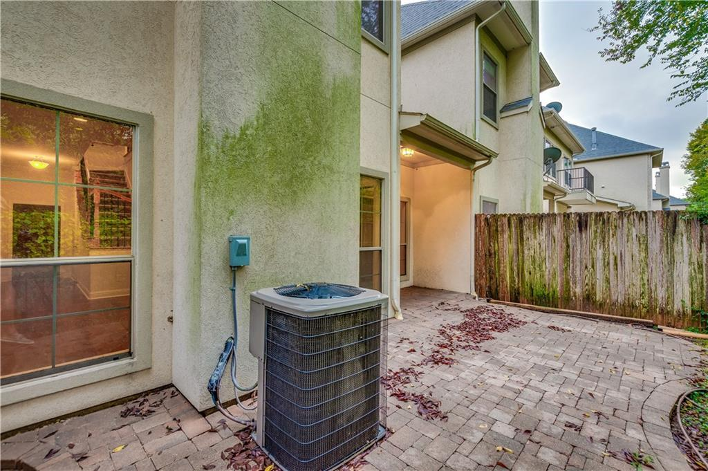 Sold Property   8823 Tudor Place Dallas, TX 75228 22