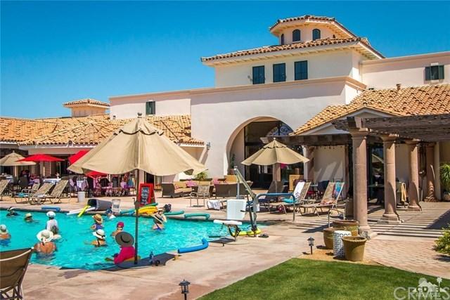 Active | 4438 Via Del Pellegrino  #2 Palm Desert, CA 92260 25