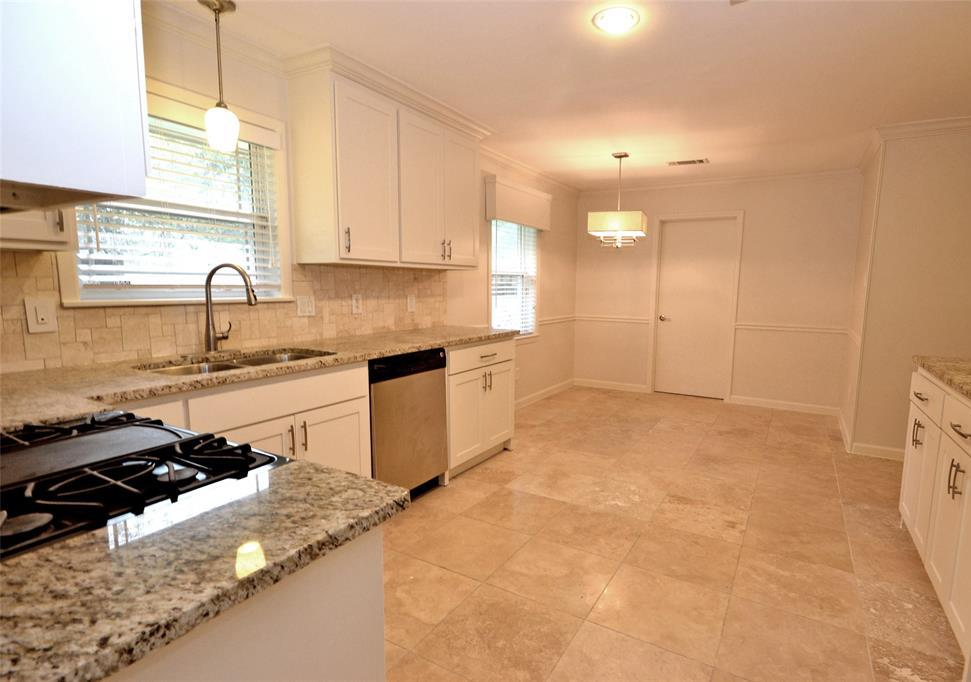 Sold Property | 5542 Valkeith Drive Houston, Texas 77096 10