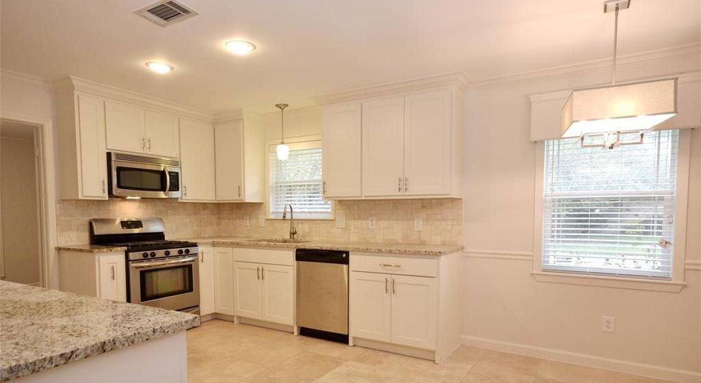 Sold Property | 5542 Valkeith Drive Houston, Texas 77096 11