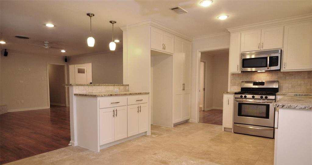 Sold Property | 5542 Valkeith Drive Houston, Texas 77096 12