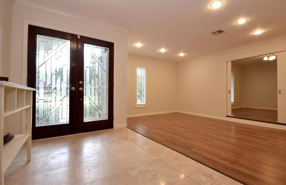 Sold Property | 5542 Valkeith Drive Houston, Texas 77096 4