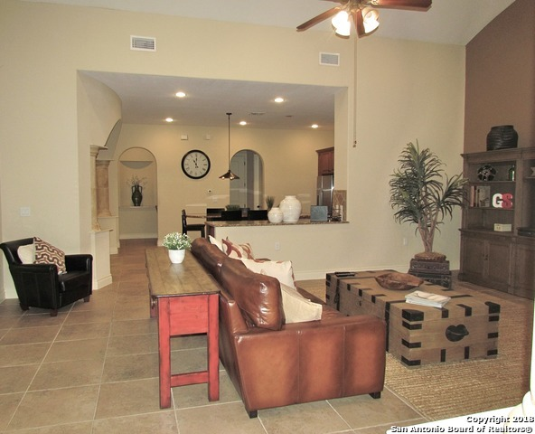 Active Option | 126 Chapron  San Antonio, TX 78257 6