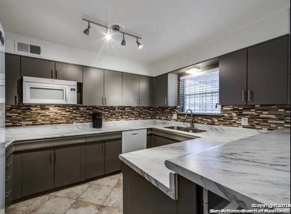 Property for Rent | 102 Ruelle Ln  San Antonio, TX 78209 13