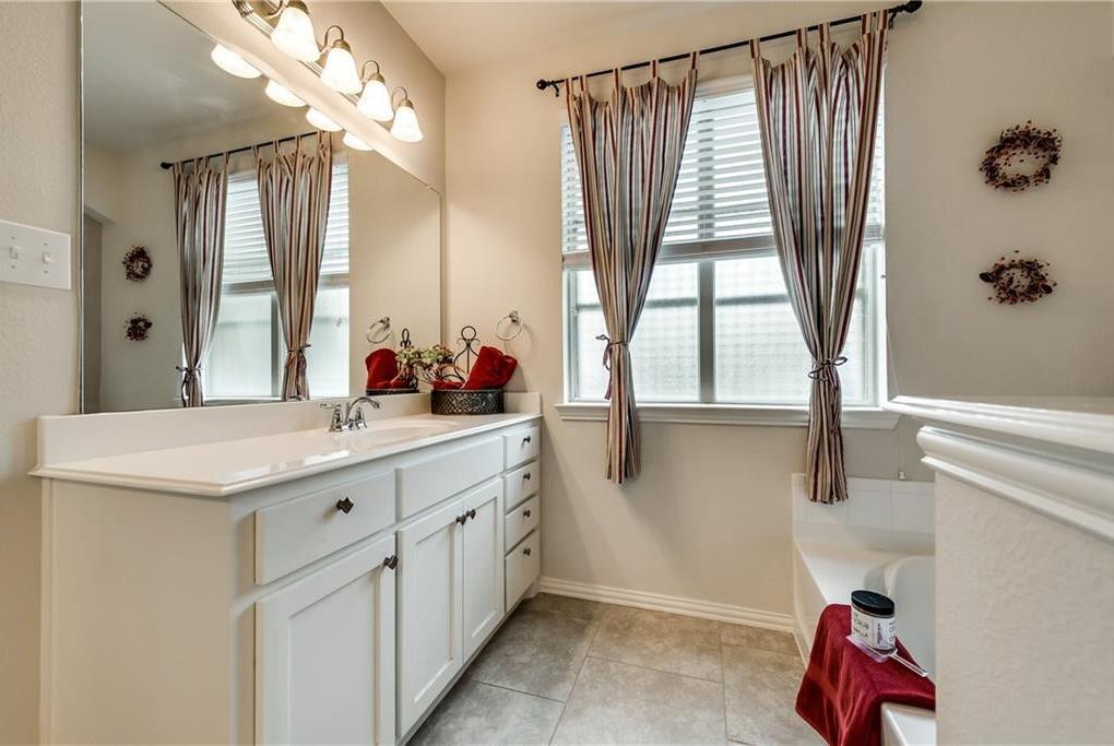 Sold Property   5012 Old Oak Drive McKinney, Texas 75071 19