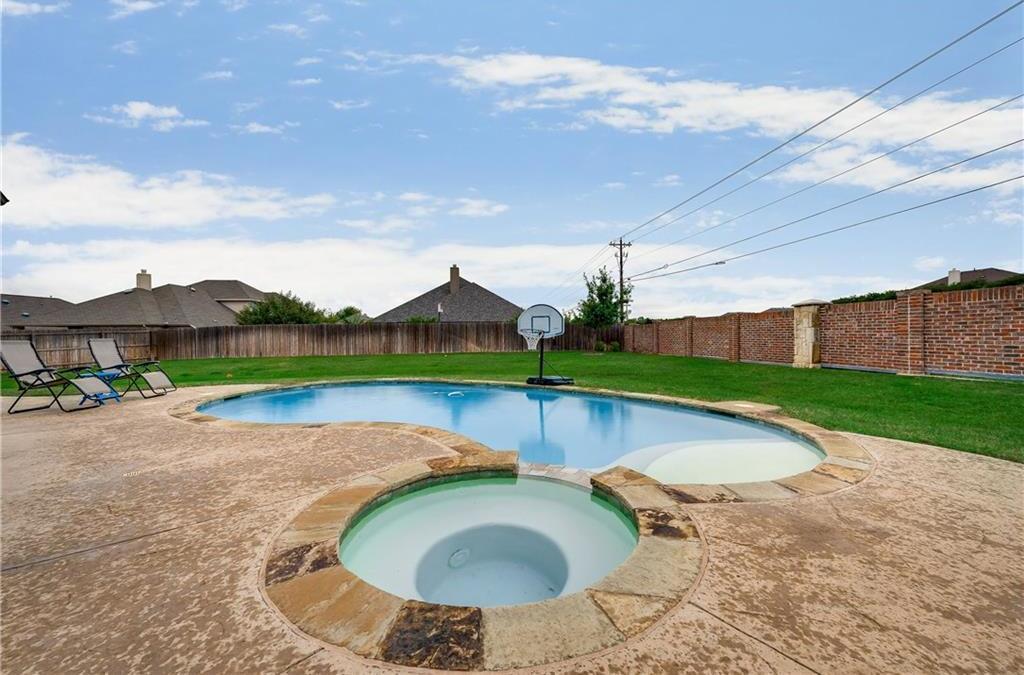 Sold Property   5012 Old Oak Drive McKinney, Texas 75071 34