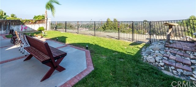 Active | 1111 Vista Lomas Lane Corona, CA 92882 7
