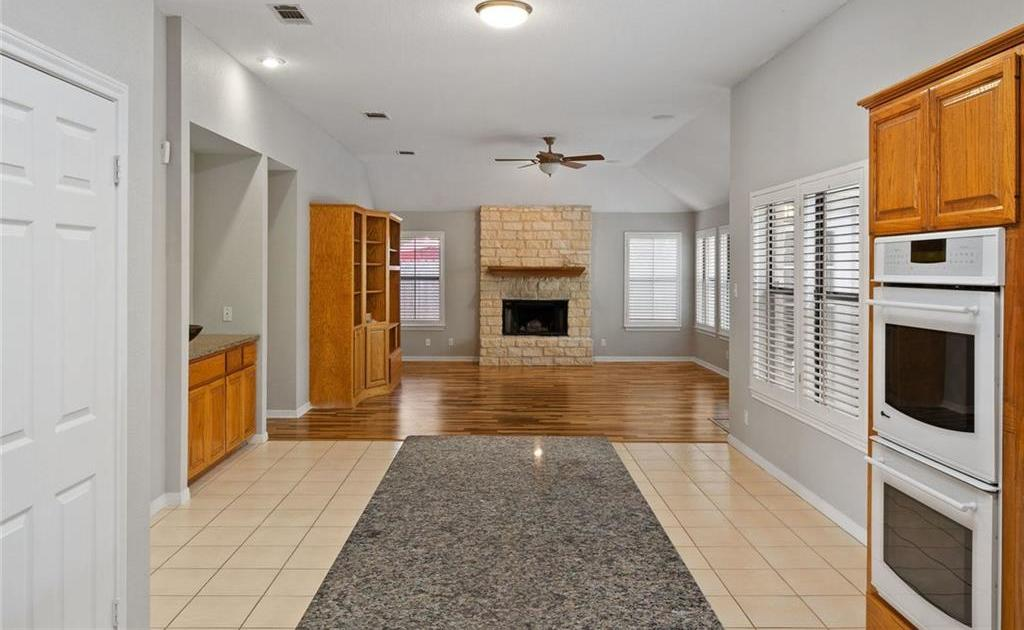 Sold Property   29005 Oakland Hills Drive Georgetown, TX 78628 11