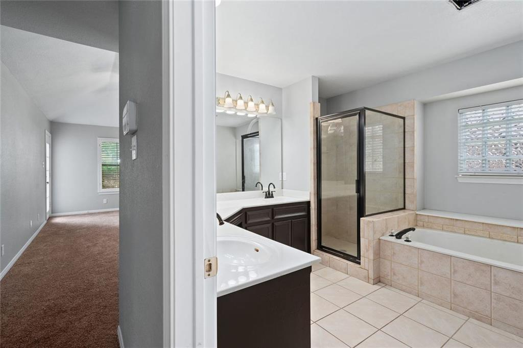 Sold Property   29005 Oakland Hills Drive Georgetown, TX 78628 14