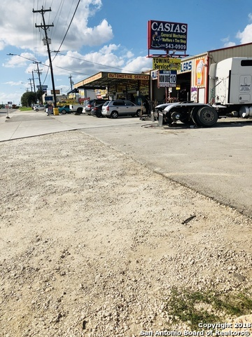 Active | 8715 GRISSOM RD  San Antonio, TX 78251 19