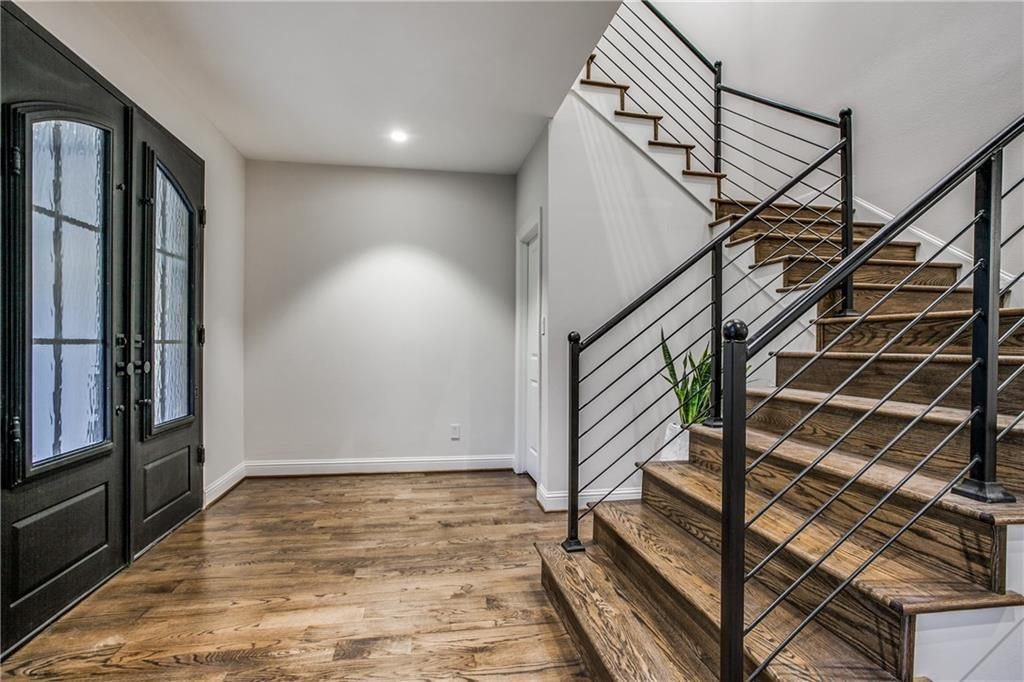 Sold Property | 9744 Van Dyke Road Dallas, Texas 75218 4