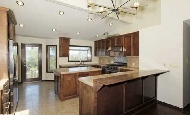 Sold Property   7001 Woodrow Wilson Dr Los Angeles, CA 90068 0
