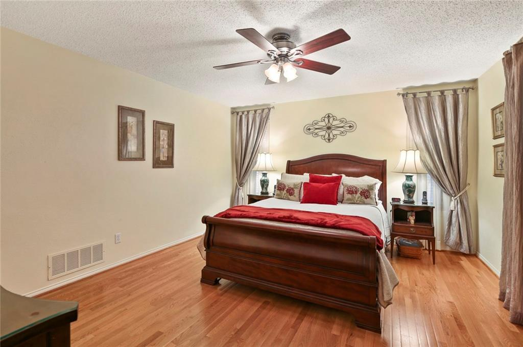 Housed Real Estate | Rach Potter | 3300 Raintree Drive Plano, TX 75074 26