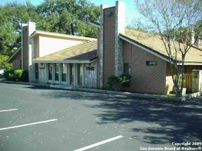 Active | 8002 West Ave  #2 Castle Hills, TX 78213 3