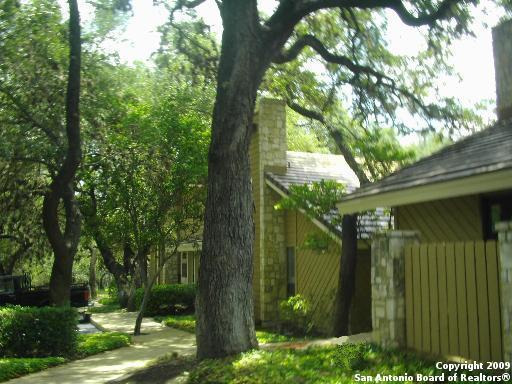 Off Market | 8002 West Ave  #2 Castle Hills, TX 78213 4