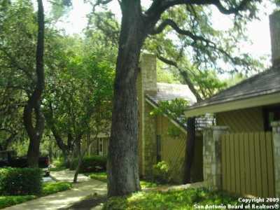 Active | 8002 West Ave  #2 Castle Hills, TX 78213 4