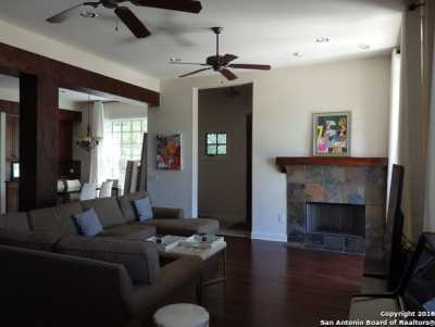 Property for Rent | 519 Circle St  San Antonio, TX 78209 3
