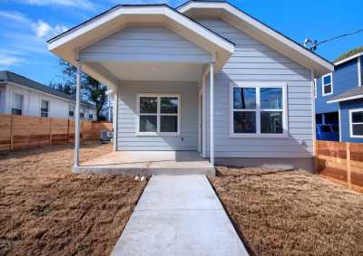 Sold Property | 1134 Chicon Street #A Austin, TX 78702 3