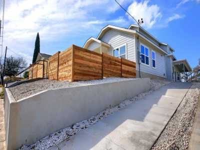 Sold Property | 1134 Chicon Street #A Austin, TX 78702 4
