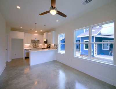 Sold Property | 1134 Chicon Street #A Austin, TX 78702 7