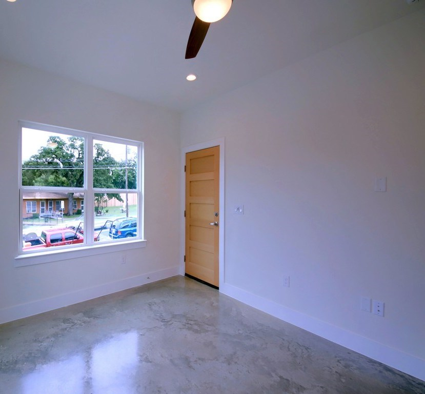 Sold Property | 1134 Chicon Street #A Austin, TX 78702 9
