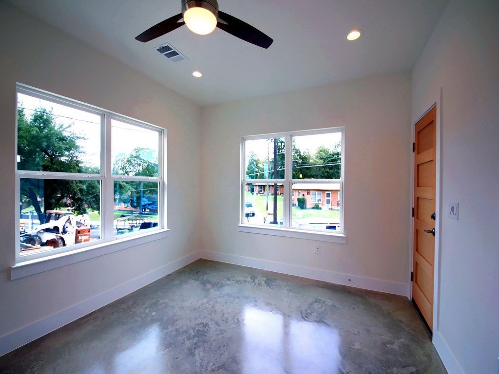 Sold Property | 1134 Chicon Street #A Austin, TX 78702 10