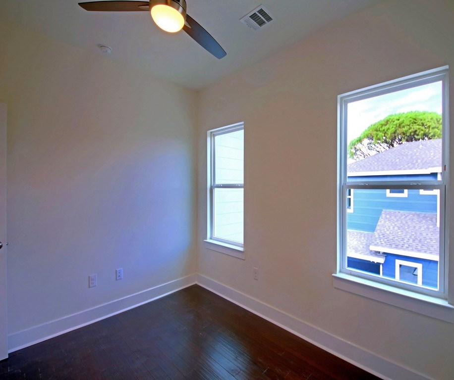 Sold Property | 1134 Chicon Street #B Austin, TX 78702 17