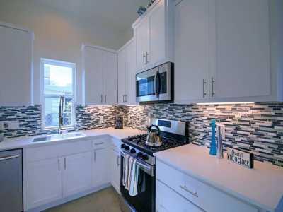 Sold Property | 1134 Chicon Street #B Austin, TX 78702 6