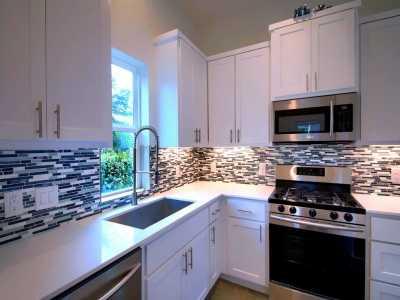 Sold Property | 1134 Chicon Street #B Austin, TX 78702 8