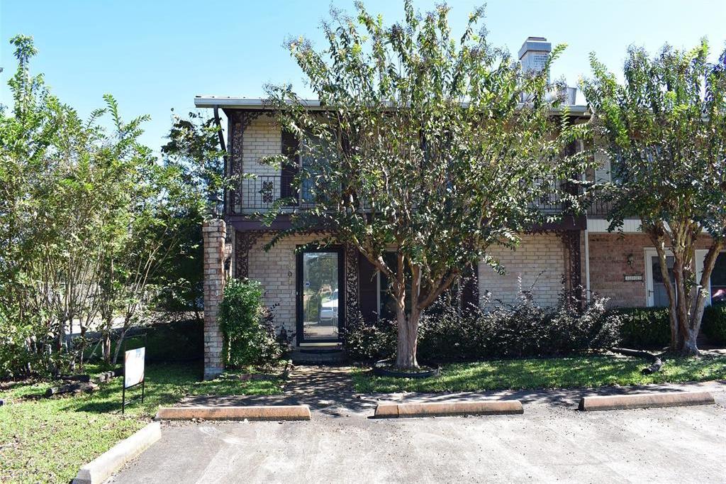 Off Market | 3201 Sycamore Avenue Bay City, TX 77414 2