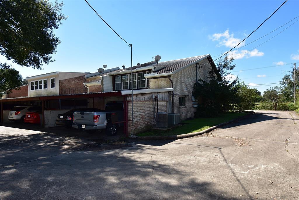 Active | 3201 Sycamore Avenue Bay City, Texas 77414 32