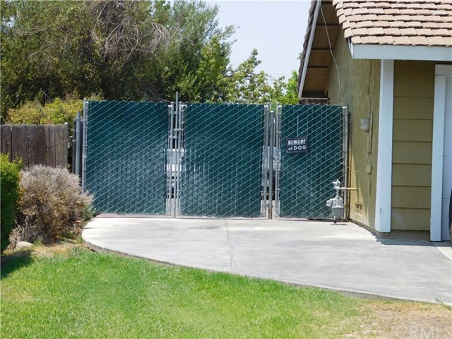 Closed   684 S Aspen Avenue Bloomington, CA 92316 19
