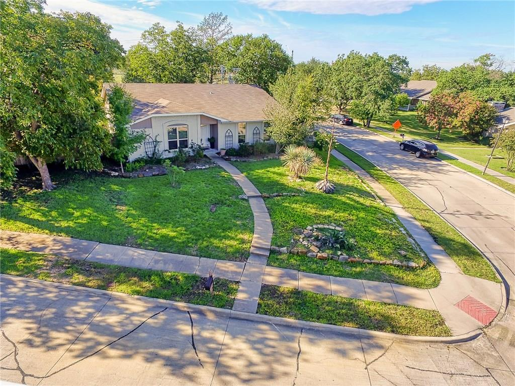 Home For Sale In Carrollton Texas  | 3700 Cemetery Hill Road Carrollton, Texas 75007 2
