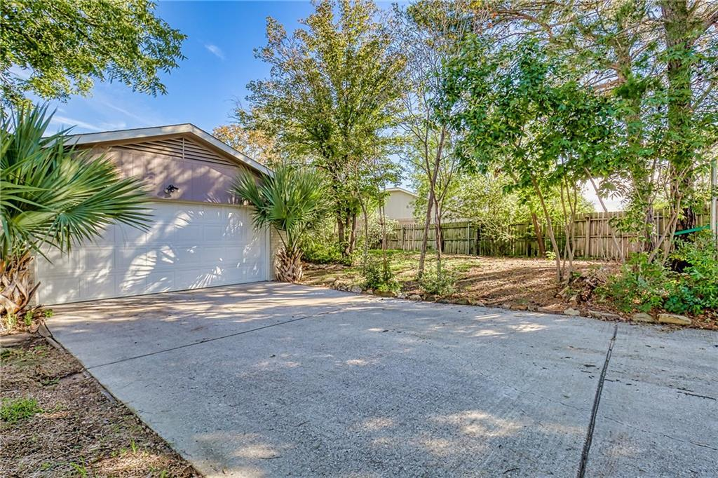 Home For Sale In Carrollton Texas  | 3700 Cemetery Hill Road Carrollton, Texas 75007 19