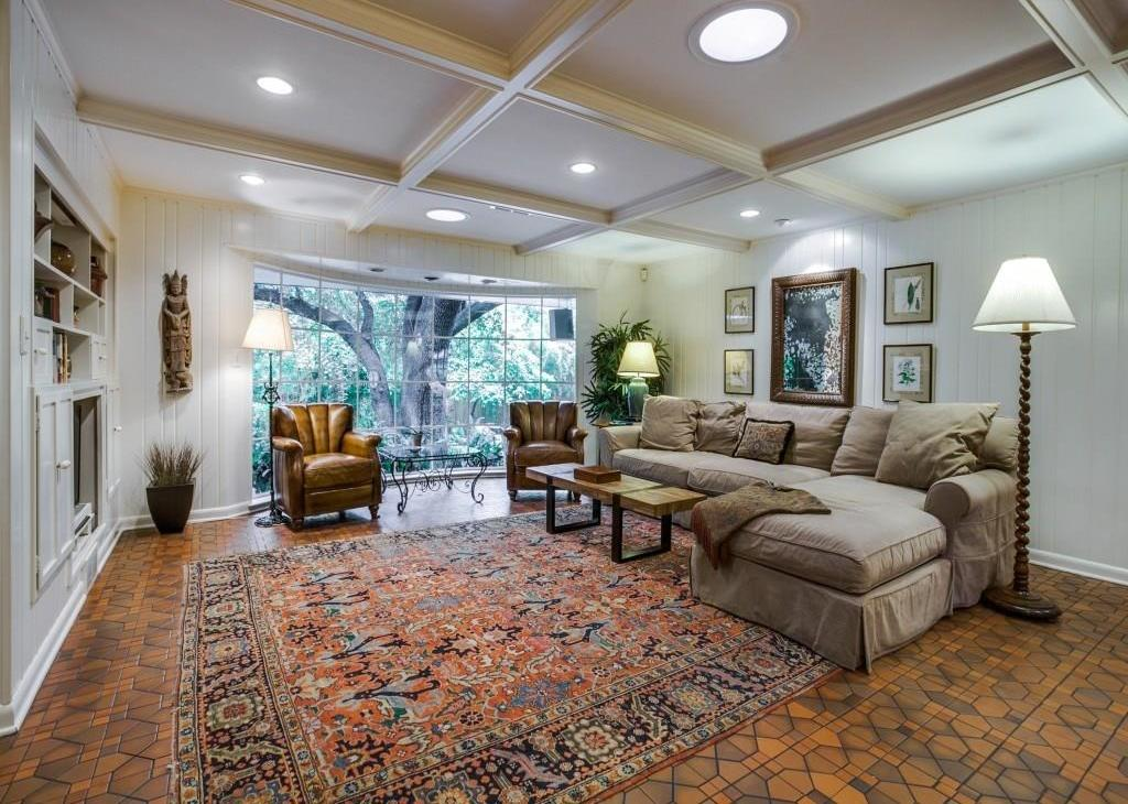 Sold Property | 7045 Hillgreen Drive Dallas, Texas 75214 13