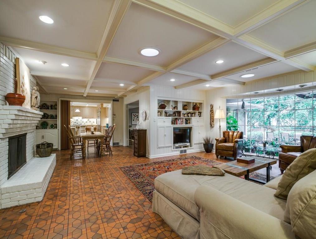 Sold Property | 7045 Hillgreen Drive Dallas, Texas 75214 14