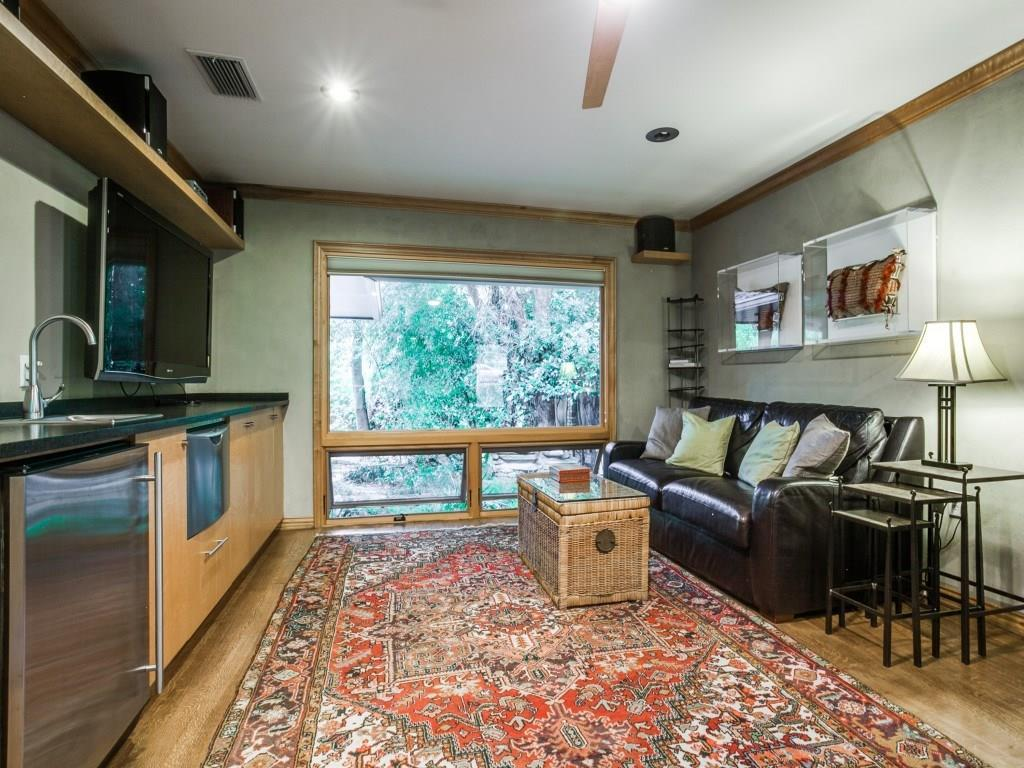 Sold Property | 7045 Hillgreen Drive Dallas, Texas 75214 32