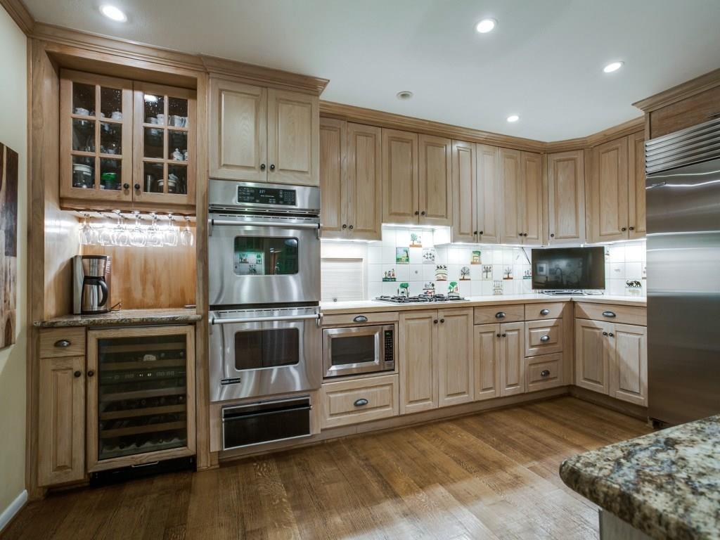 Sold Property | 7045 Hillgreen Drive Dallas, Texas 75214 12