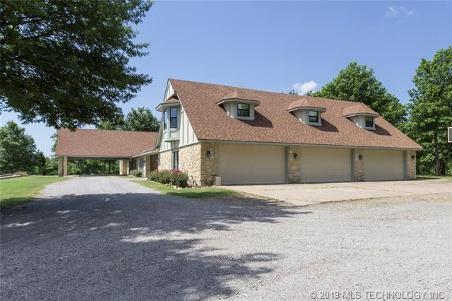 Luxury homes in Catoosa, Oklahoma   820 Lynn Lane Road Catoosa, Oklahoma 74015 27