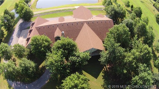 Luxury homes in Catoosa, Oklahoma   820 Lynn Lane Road Catoosa, Oklahoma 74015 34