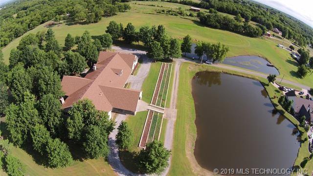 Luxury homes in Catoosa, Oklahoma   820 Lynn Lane Road Catoosa, Oklahoma 74015 35