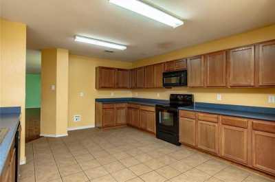 Sold Property | 811 Lazy Bayou Drive Arlington, Texas 76002 13