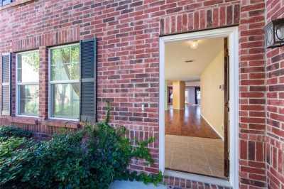 Sold Property | 811 Lazy Bayou Drive Arlington, Texas 76002 4
