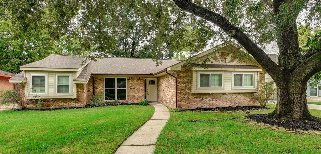 Active | 5914 Lattimer Drive Houston, Texas 77035 0