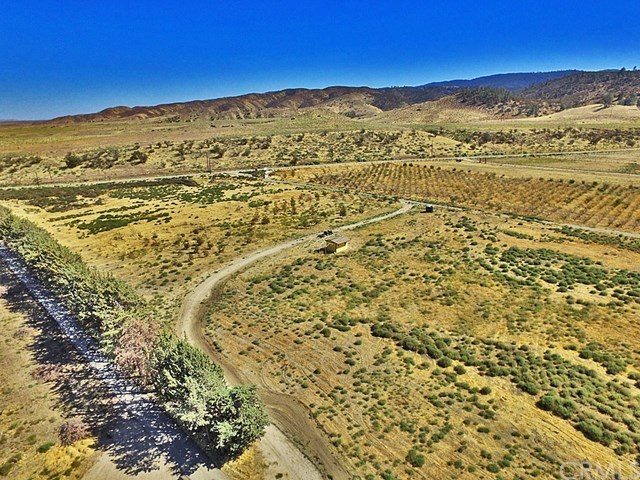 Active | 48601 3 Points Road Lake Hughes, CA 93532 17