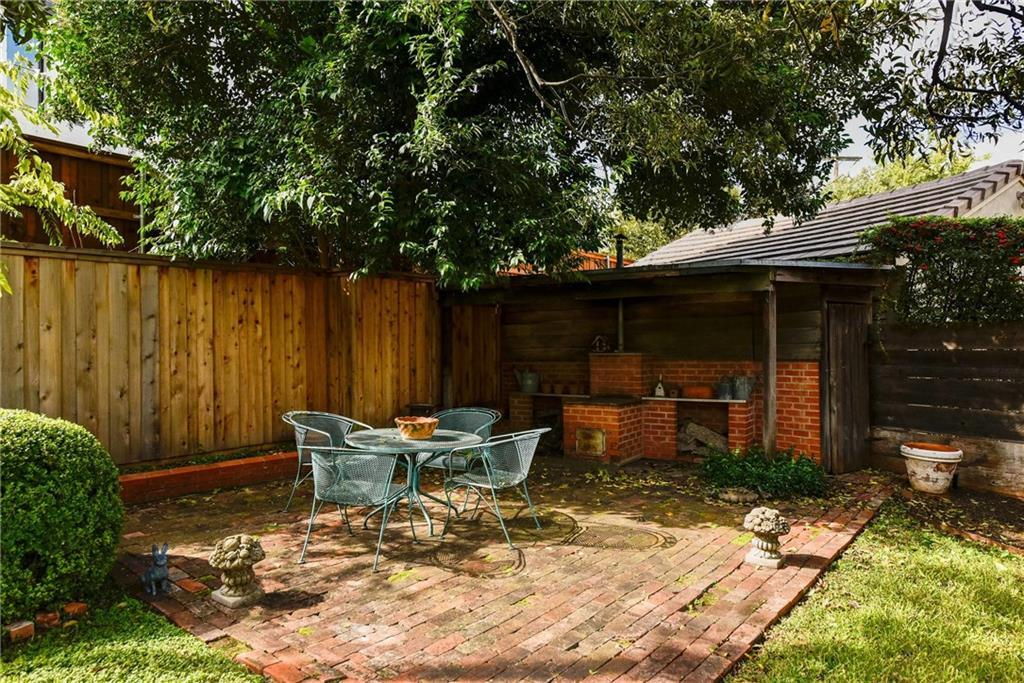 Sold Property | 3621 Potomac Avenue Fort Worth, Texas 76107 30