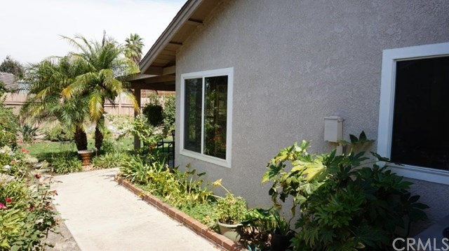 Closed | 3157 Vineyard Way Riverside, CA 92503 30